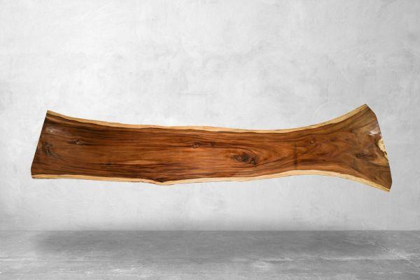 Ausgefallener Baumstammtisch aus Suarholz - Länge 427 cm - front view1