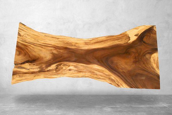 Baumstamm Tischplatte aus Akazie mit Naturmaserung - Länge 248 cm - front view1