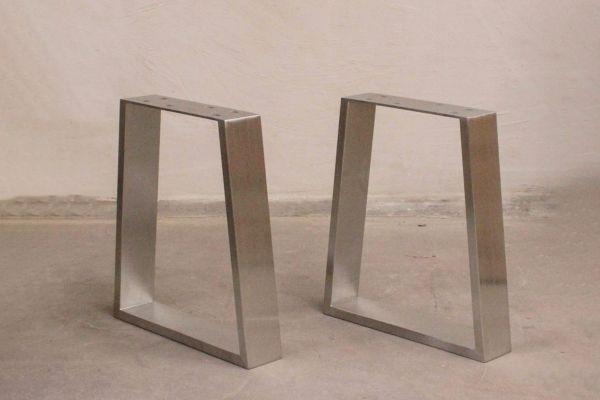 Edelstahl Tischuntergestell - Trapezium - front view1