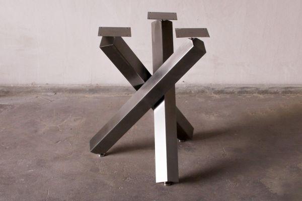 Edelstahl Tischuntergestell (gebürstet)  - Tetrapode  - front view1