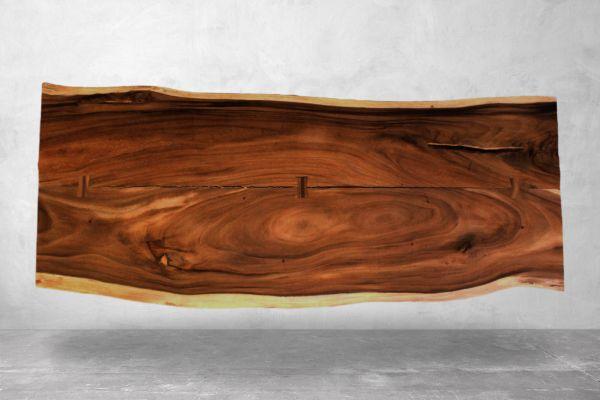 Tischplatten aus einem Baumstamm - Suarholz - Länge 250 cm - front view1